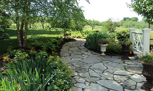 Starbuck's Landscaping :: Landscaping & Lawn Care Services in Sister Lakes, Michigan